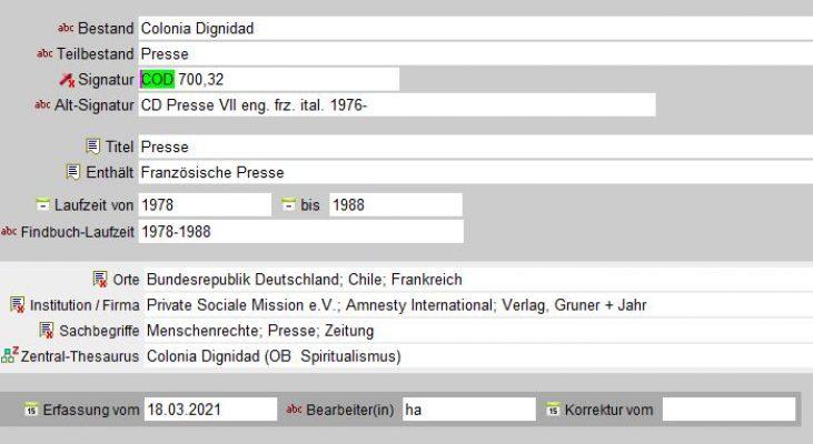 Datenbankmaske mit Metadaten-Einträgen zu Pressesammlung