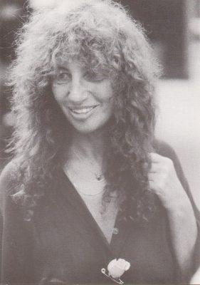 Als Schauspielerin, Kolumnistin und Autorin bekannt - Autogrammkarte, 1980er Jahre. - © Thomas Dawideit